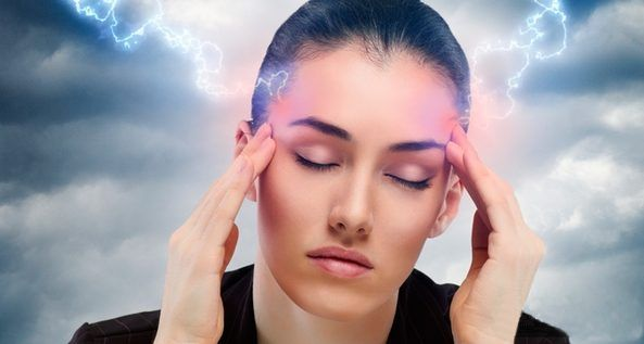 От головной боли мы мучаемся с завидной регулярностью. Вряд ли кто-то, особенно в определенном возрасте, может похвастаться тем, что у него никогда не болела голова. Что делать в таких случаях, чтобы не прибегать постоянно к таблеткам?