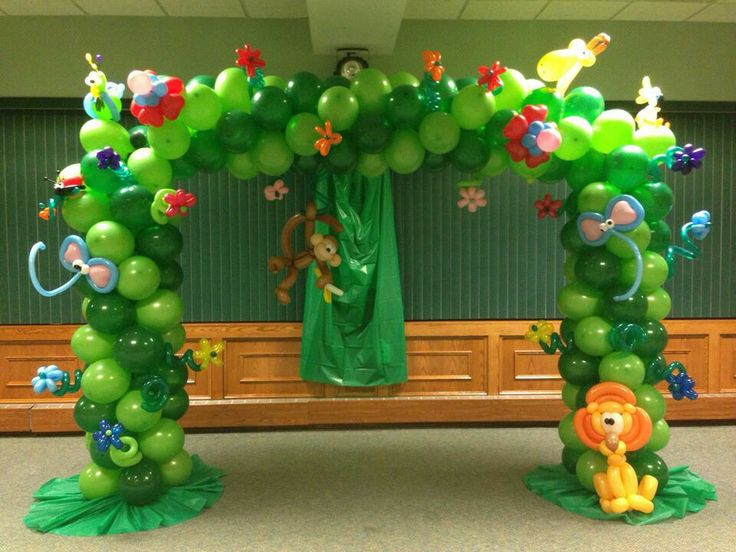 Jungle tree balloon decoration zoo party pinterest for Arch balloons decoration
