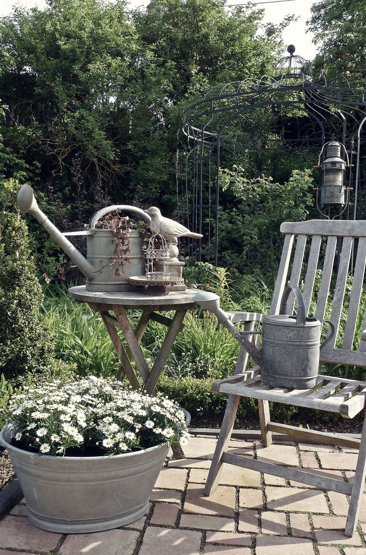 326 best the village birdies cottage and garden images on for Village craft container home