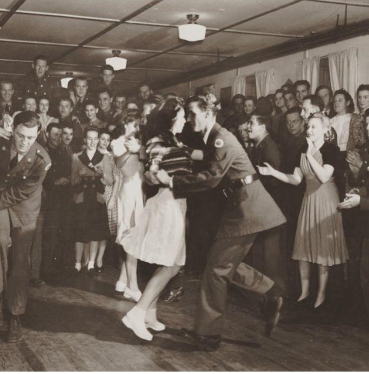 Dance 1940's