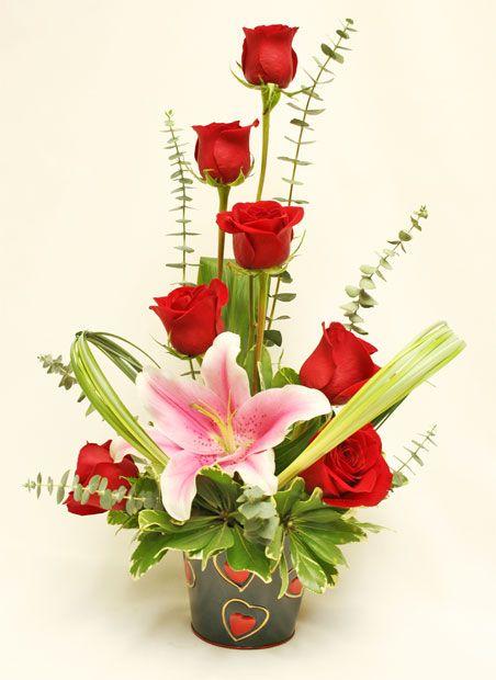 Best 20 valentine flower arrangements ideas on pinterest for Flower arrangements valentines day