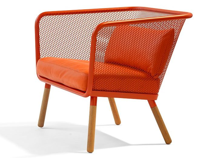Today's trends in furniture seem to go towards simplicity. Maybe it is the minimalist tendencies of the times and the attempt of homeowners to declutter their houses and their lives. But this simplicity does not mean that function, durability or beauty are sacrificed. Here a few examples of trendy seating options that are not only comfortable and attractive, but functional […]