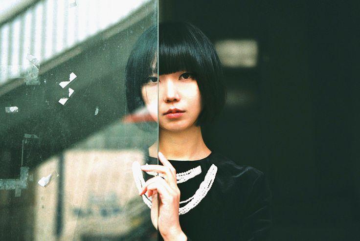 Mira Heo - selfportrait series #4
