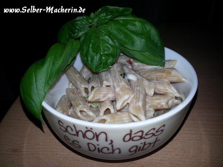 Selber-Macherin: Leckere schnelle Nudelsoße mit mediterranem Touch ohne kochen (vegetarisch)