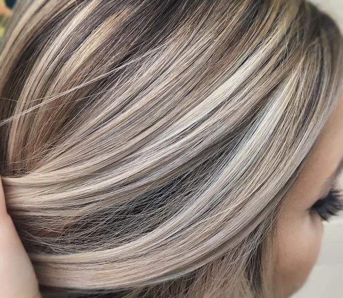 1001 Ideen Und Bilder Zum Thema Strahnchen Selber Machen Gestrahnte Haare Graue Haare Strahnchen Selber Machen