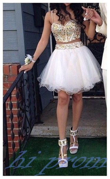 White Homecoming Dress,2 Piece Homecoming Dresses,Gold Beading Homecoming Gowns,Short Prom Gown,Sexy Sweet 16 Dress,Bling Homecoming Dress,2 pieces Cocktail Dress,Two Pieces Evening Gowns With Spaghetti Straps