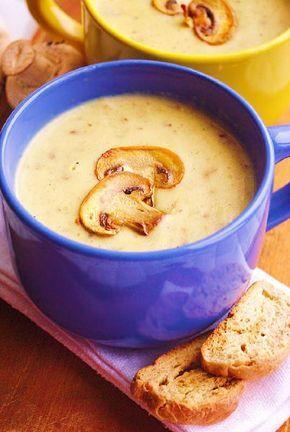 крем-суп из шампиньонов 7 средних картофелин300 г. шампиньонов1 столовая ложка сливочного масла (у меня топленое)1 средняя луковицастакан сливок или жирной сметаны*1.5 литра водыВыход: 4-6 порцийПриготовление:1. Чистим картофель и режем кубиками, заливаем 1.5 литрами воды (количество воды можно варьировать, главное, чтобы она полностью покрывала картофель) и варим до готовности - как на пюре.2. Лук мелко режем и обжариваем в сливочном масле до золотистого цвета.3. Грибы мелко р