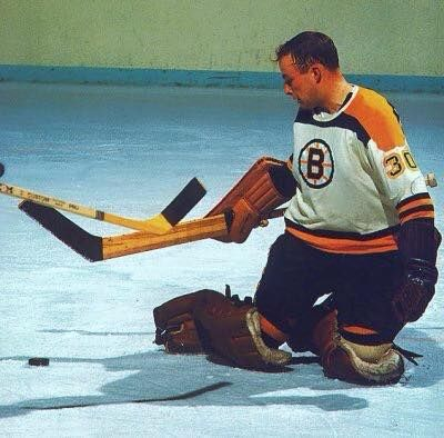 On this date in 1972, #Bruins Gerry Cheevers tied an #NHL record by extending his unbeaten streak to 23 straight games (17-0-6). Cheevers extended that Streak to 33 Games in 1972, A RECORD WHICH STILL STANDS TODAY 02/20/15!
