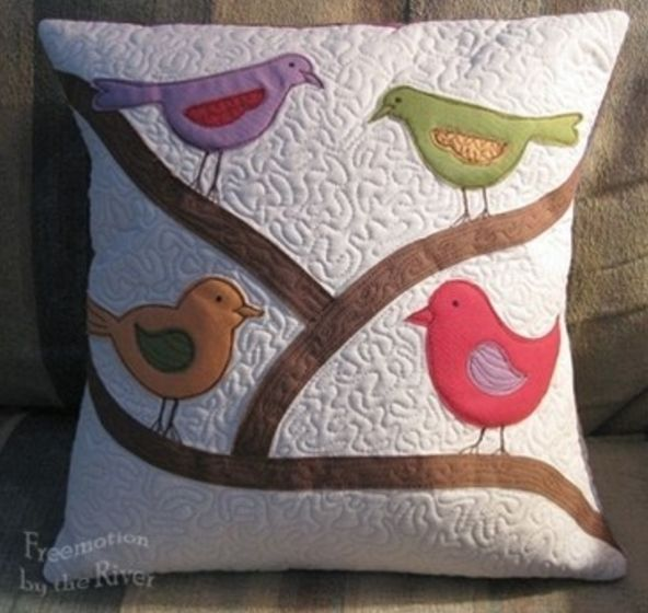 Yes! @AccuQuilt has the die that can make this pillow happen!   GO! Birds  #applique #pillows #quilting