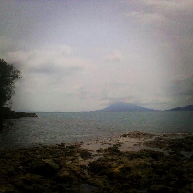 Pantai Wartawan, Lampung.
