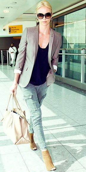 Charlize always has the BEST casual-but-chic looks.  Love everything about this outfit (esp. the shoes!)