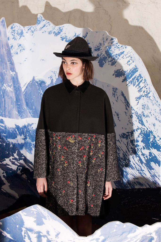 Fashion Show Look 38