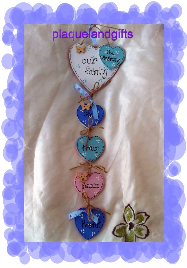 Our Family Personalised hanging plaque sign handmade shabby chic new 3,4,5 heart £8.95
