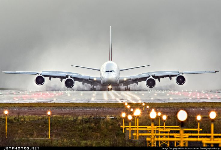 Photo of A6-EDV Airbus A380-861 by Matt - Manchester Photography Group