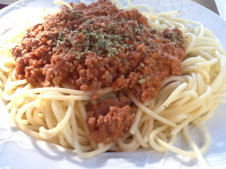 Spaghetti eaten in Spain, not Italy (had a craving for pasta)