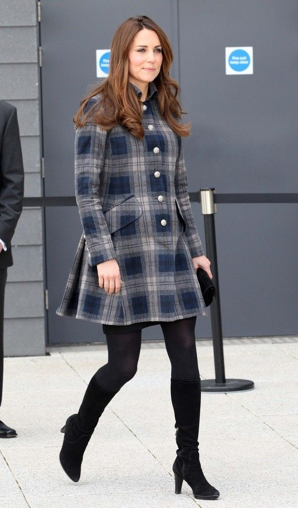 Kate Middleton Meets the Crowds in Glasgow