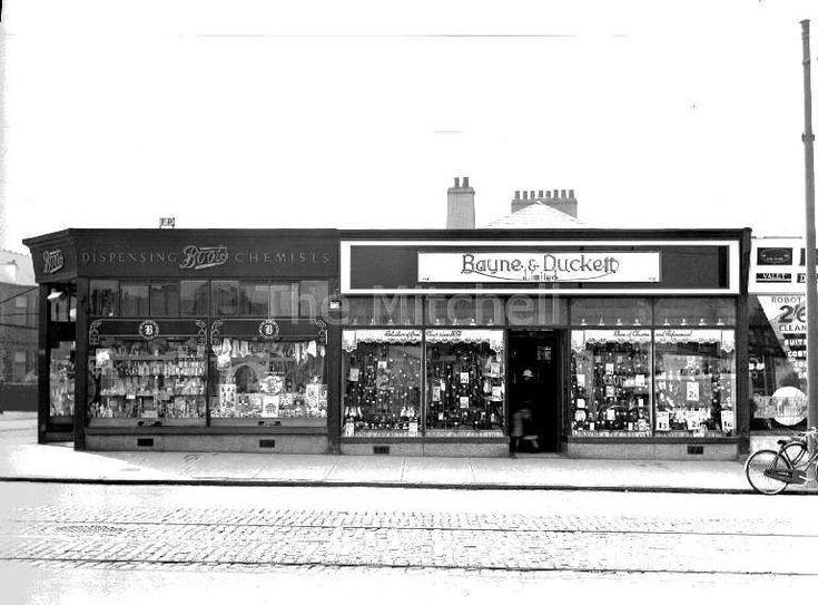 Paisley Road West, Cardonald, Glasgow. Opposite Aldi (used to be Safeway).