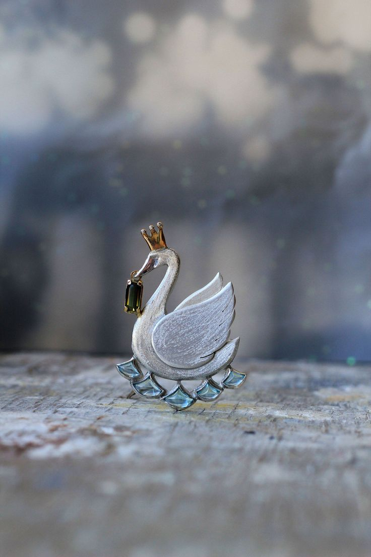 https://flic.kr/p/tHpLCp | Untitled |   silver, gold , diamonds , tourmaline , blue topaz , pearls