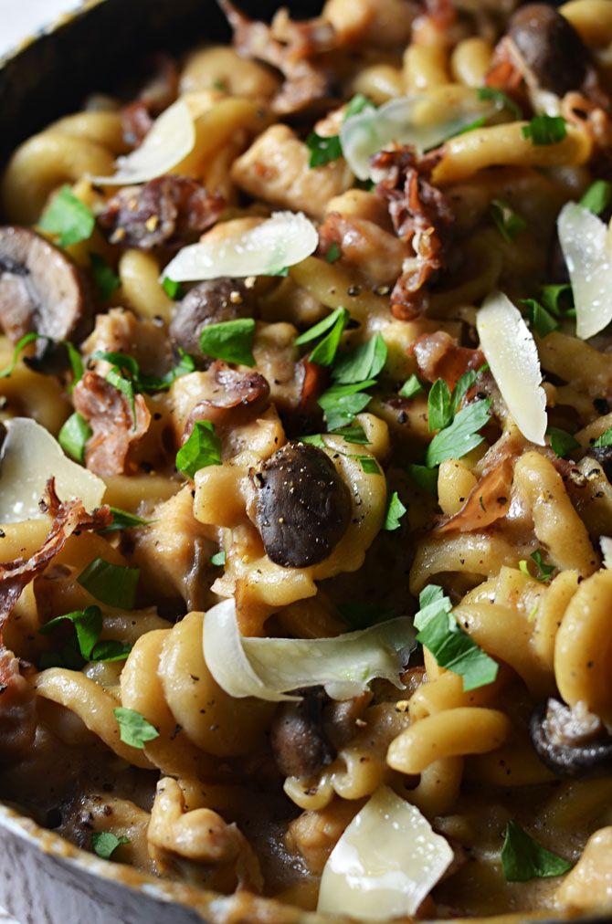 One Pot Creamy Chicken Marsala Pasta | Recipe | Skillets, Creamy ...