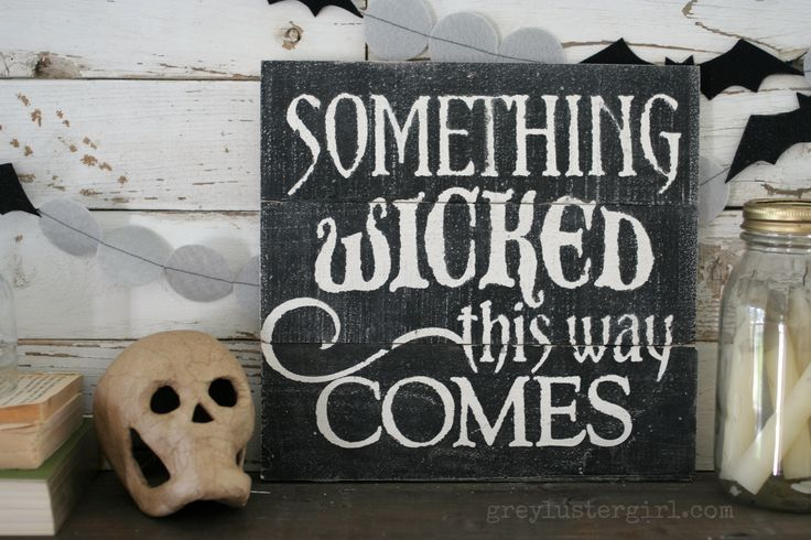 DIY Wooden Halloween Sign_Something Wicked
