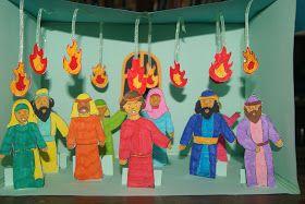 Alat Peraga Cerita Hari Raya Pentakosta  Alat dan Bahan :  - Kertas kartoons  - kertas manila buat menggambar orang dan lidah api  - pit...