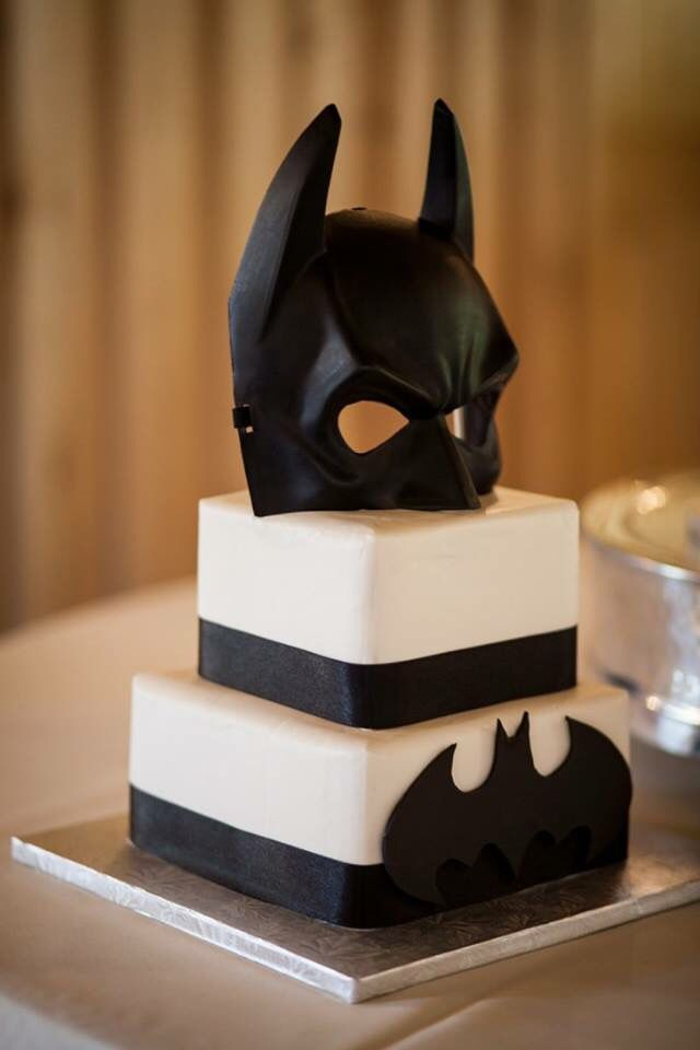 Jenny Layne Bakery in Flower Mound, TX did such an amazing job on my husband's Batman Grooms cake!