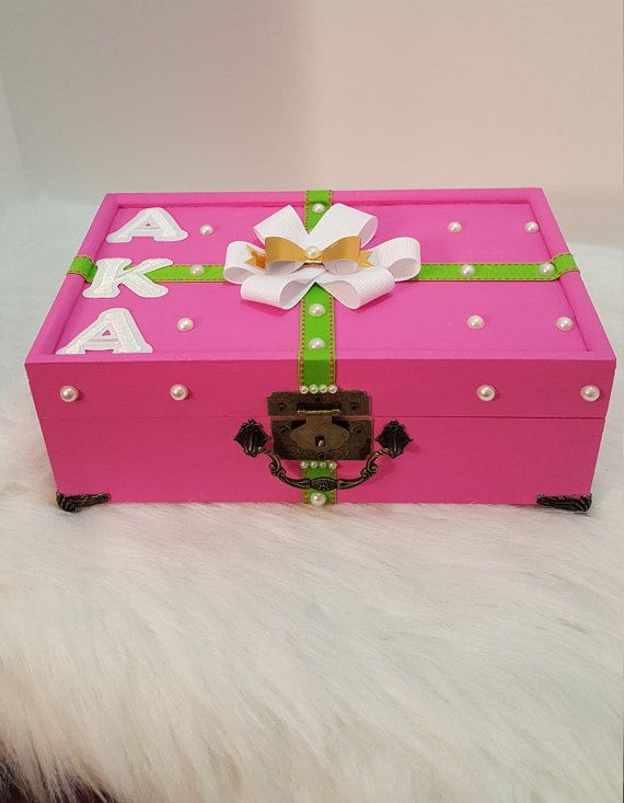 Alpha Kappa Alpha Inc AKA Pretty Girls Wear by Pearl Bella Gifts   www.pearlbellagifts.com