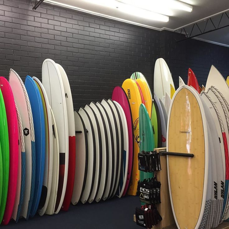 @thesurfco Warrnambools largest range of surfboards and stand up paddle boards. SECOND HAND BOARDS Demo boards HIRE BOARDS and our surf guru @benncherry on site to help you with all you needs. #surf #surfing #board #local #warrnambool #destination3280 #buylocal #seegor #seevictoria #seeaustralia #live #surf3280 @thesurfco by thesurfco