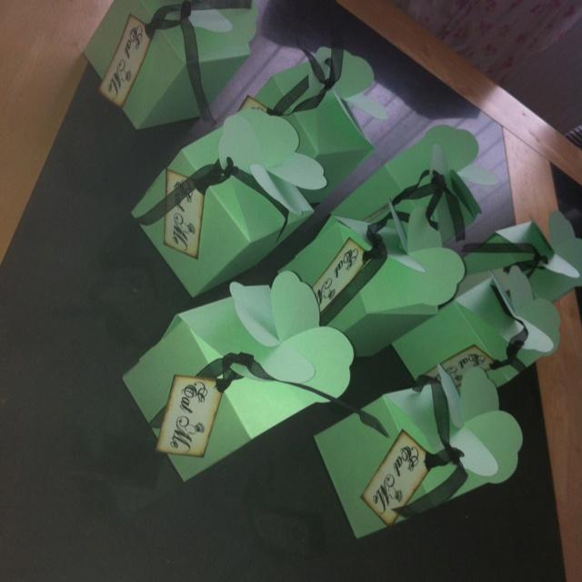 Hen party cupcake boxes