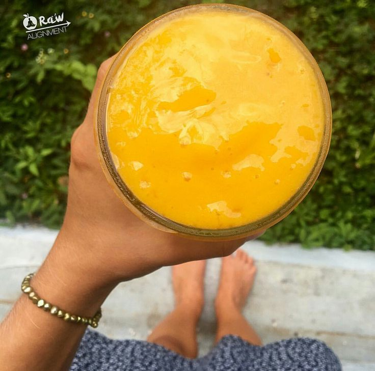 Mango, papaya, banana smoothie by raw alignment. Check her out on YouTube and IG