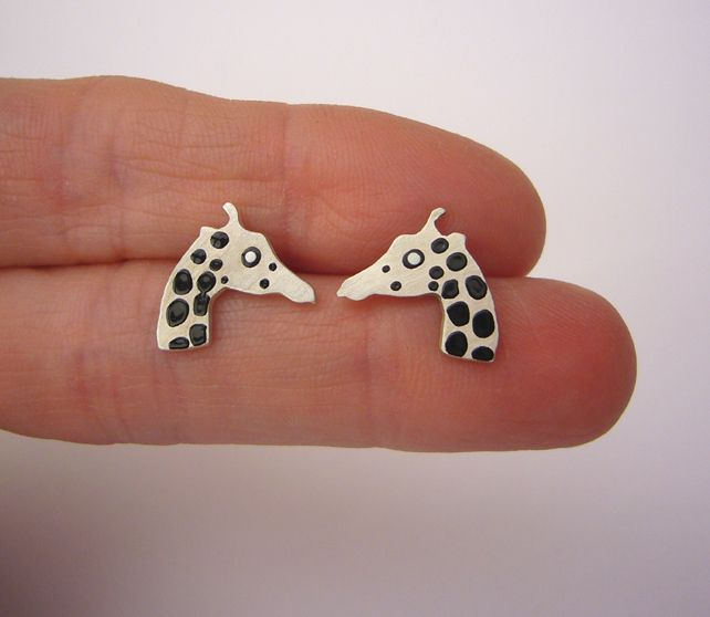 Giraffe stud earrings £22.00