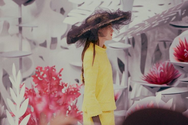 Kremi Otashliyska (Elite) at Chanel Haute Couture SS15