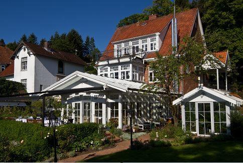 Besuchen Sie auch unsere Website www.villa-martha.de und erfahren Sie mehr über den einzigartigen Fünf-Tages-Kochkurs!