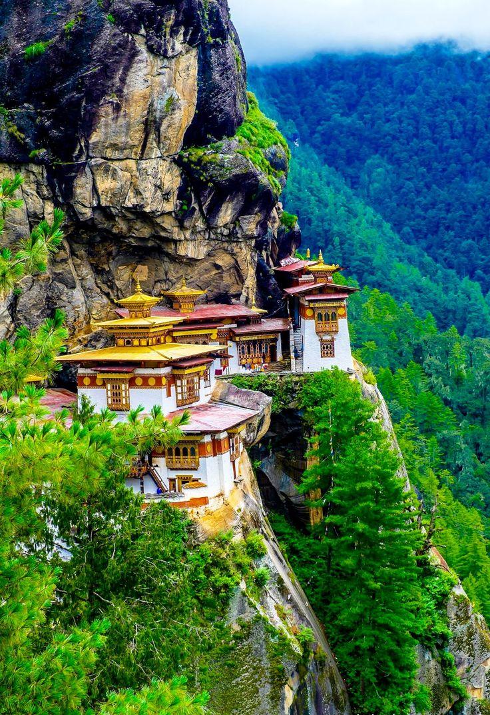 Yumthang monastery , North Sikkim.