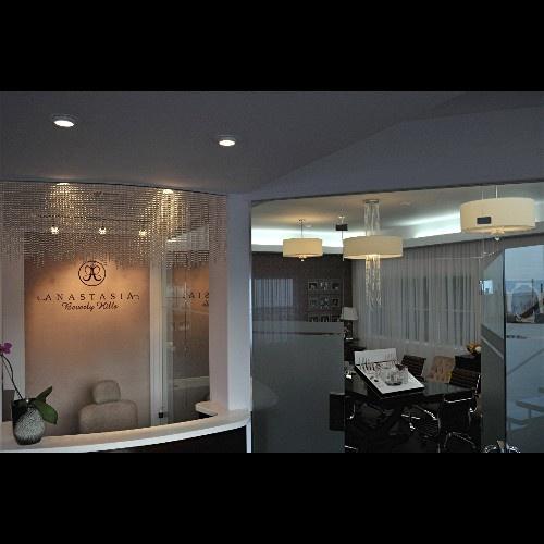 Zia Priven  - Anastasia Beverly Hills Salon