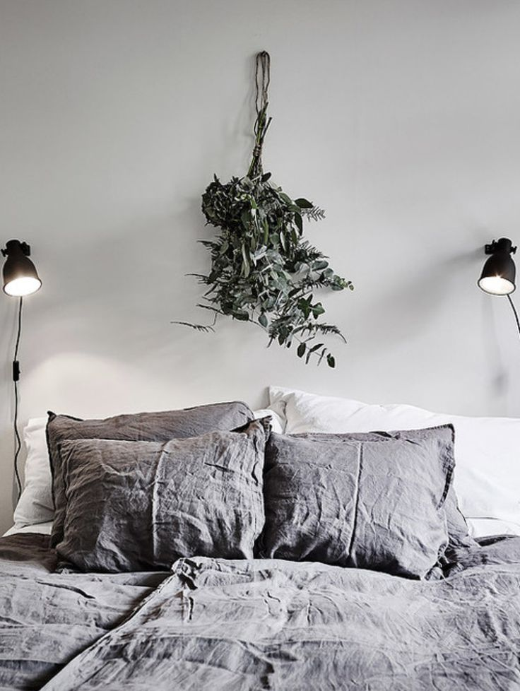 See how you can arrange your home to help keep your nervous feelings at  bay.  Uncontrollable worry, lack of sleep, pounding heart and trembling hands.  These are just some of the debilitating symptoms that come with anxiety. I  have struggled with this chronic worry for some time, and while th