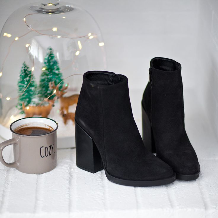 Cozy Booties #SanteWorld #SanteFW1617 Available in stores & online (SKU-93441): www.santeshoes.com