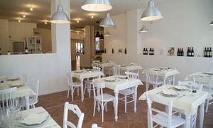 Groupon - Menu di pesce completo con vino e dolce per 2, 4 o 6 persone al Ristorante La Maison (sconto fino a 70%) a Ristorante La Maison. Prezzo Groupon: €34,90