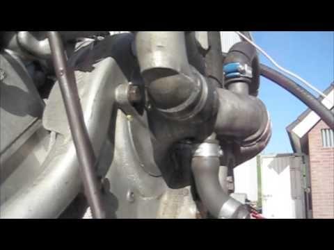 ▶ Citroen SM Maserati motor op testbank bij Renard