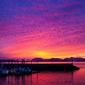 Alaska: Alaska Travel, Bucket List, Alaska Sunset, Vacation Ideas, Sunsets, Dream Vacations, Beginners Guide