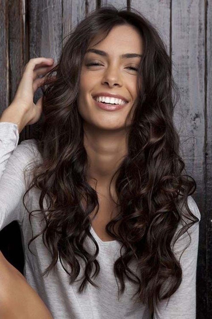 Cores de cabelo 2019 – Tendências atuais e dicas quentinhas   Cores de cabelo, Cabelos castanhos acobreados, Tintas de cabelo loiro