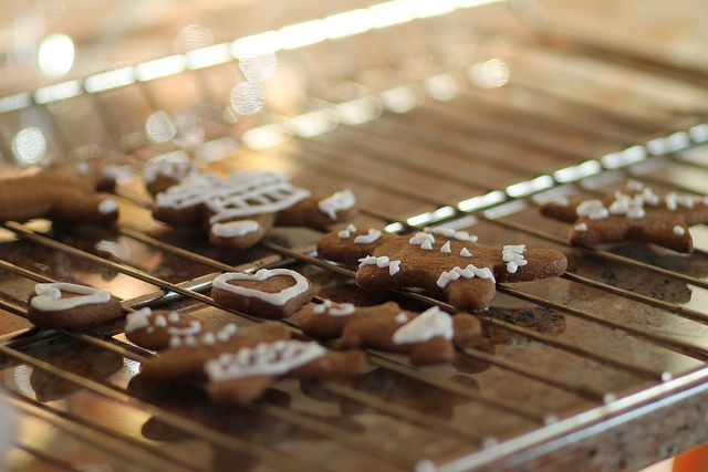 gingerbread cookies with royal icing | Recipes | Pinterest