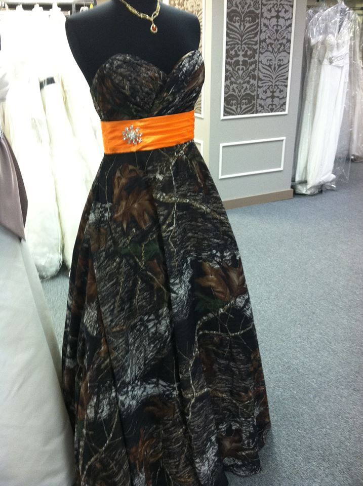 Mossy Oak Dresses available for prom, bridesmaids, or any other occasion! {source: The Bridal Sweet at Foreign 5}