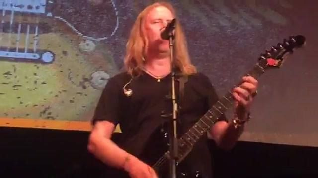 Jerry Cantrell, Mike Inez and Nancy Wilson playing No Excuses and Got Me Wrong at the Rock Against MS benefit concert, Los Angeles Theater, March 25 2017.