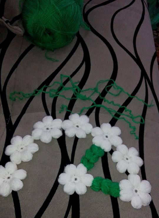 Çiçekli Lif Modeli Yapılışı http://www.canimanne.com/cicekli-lif-modeli-yapilisi.html