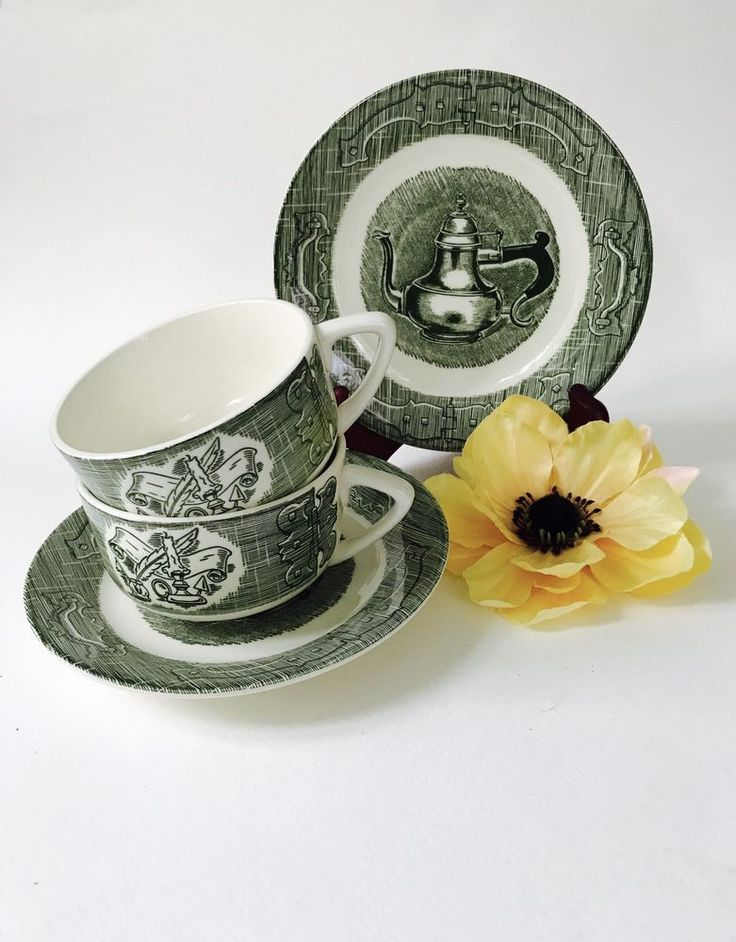 The Old Curiosity Shop Royal China USA Green Saucer & Cup Set Of 2 Vintage Tea #RoyalChinaUSA