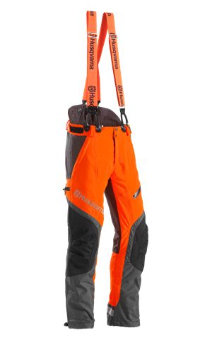 Chainsaw pants, Technical Extreme by Husqvarna. OJ Form & Kommunikation really likes Husqvarnas new chainsaw pants, looks good and very functional.