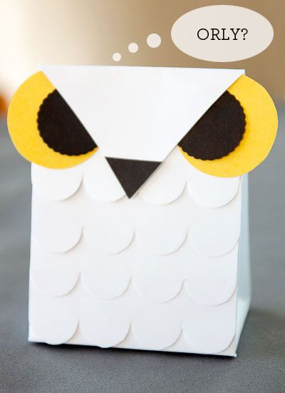Printable Owl Template For DIY Halloween crafts. Treat bag and party favor. Kids activities & crafts.