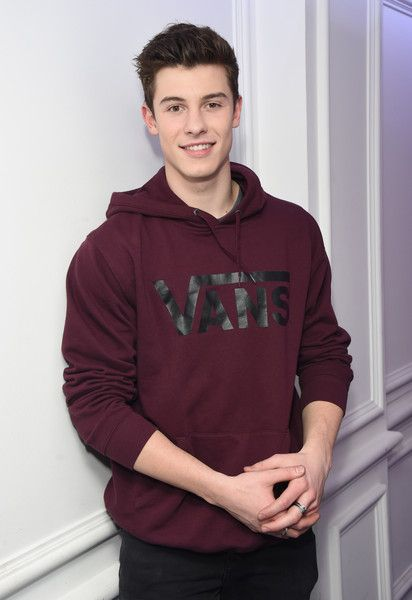 Shawn Mendes Visits Kiss FM