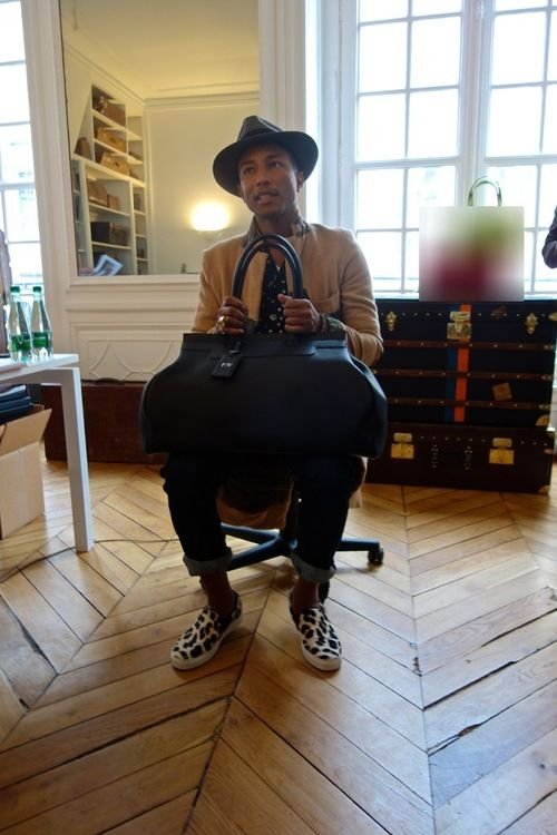 Pharrell Williams66 best Pharrell Williams images on Pinterest   Pharrell williams  . Tank Chair Pharrell Williams Price. Home Design Ideas